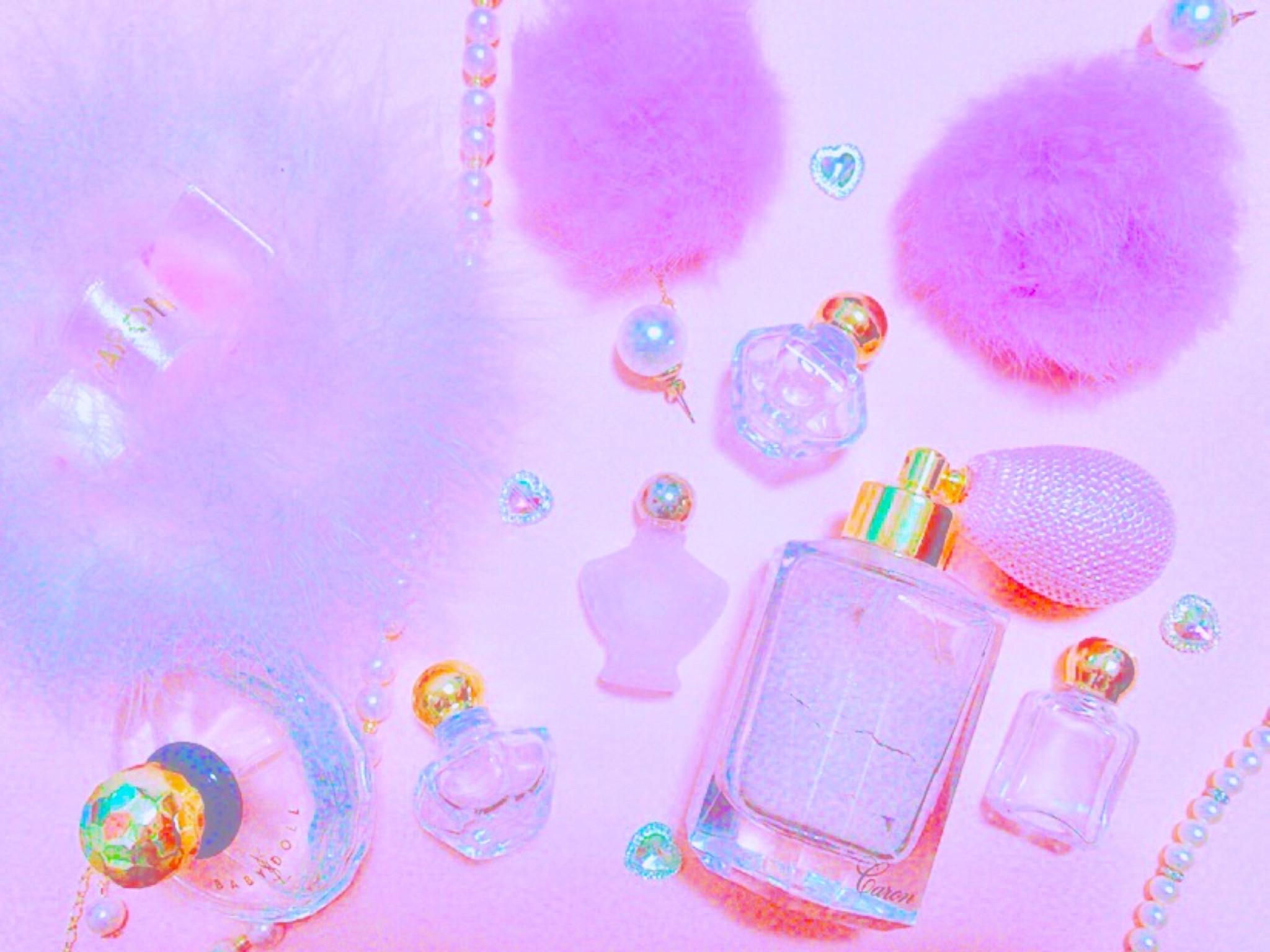 乙女ゴコロくすぐる*ピンクでキラキラなかわいい香水瓶♡