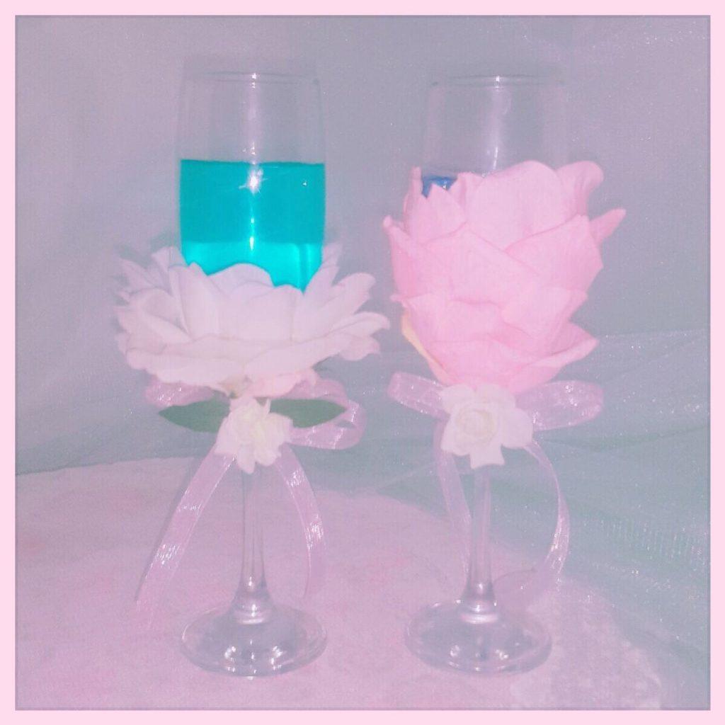 ワイングラスに造花を貼る方法。ブライダル・パーティーDIY