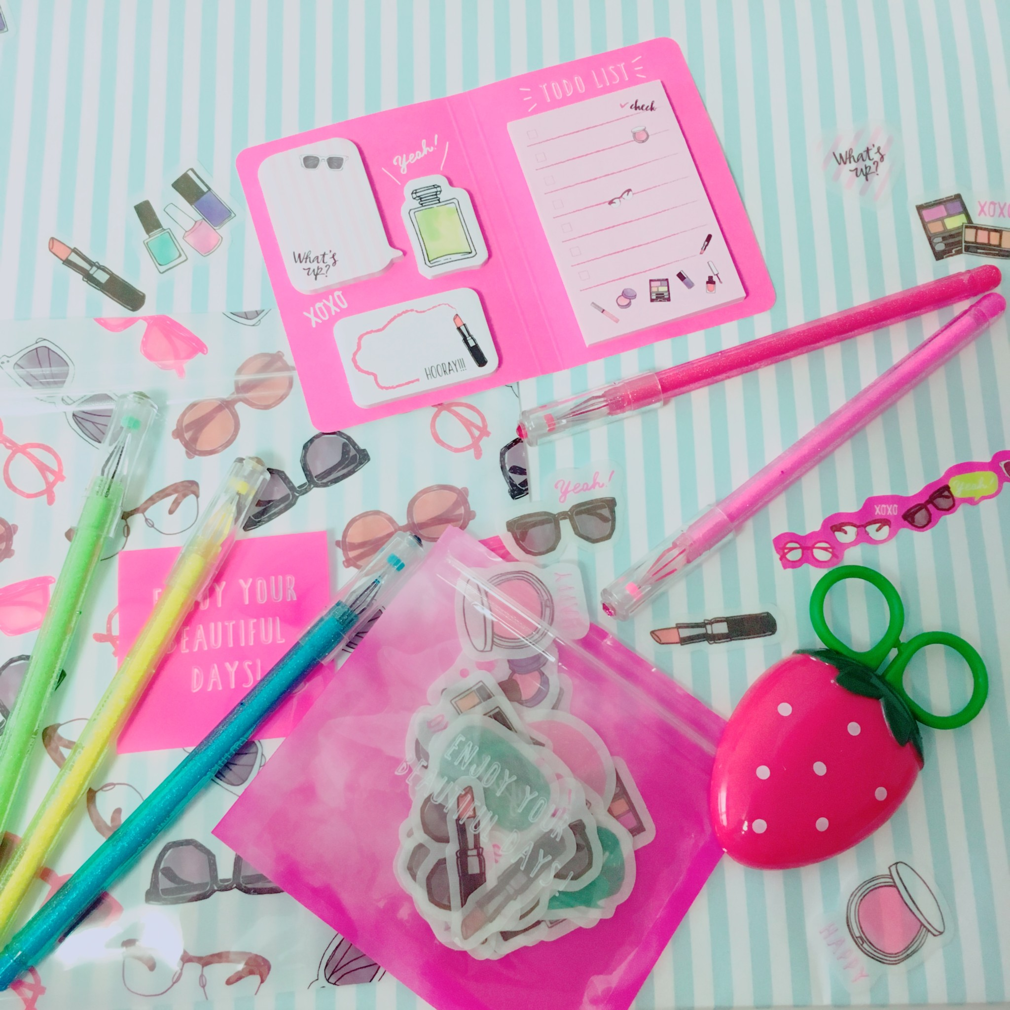 all this for 1 aesthetic and cheap stationary lafary