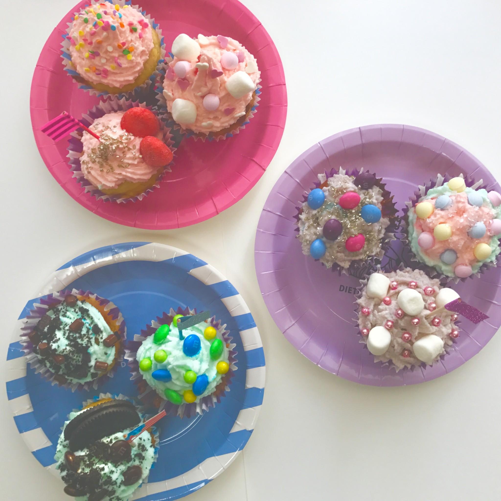 海外風*可愛いカラフルカップケーキのデコレーションアイデア