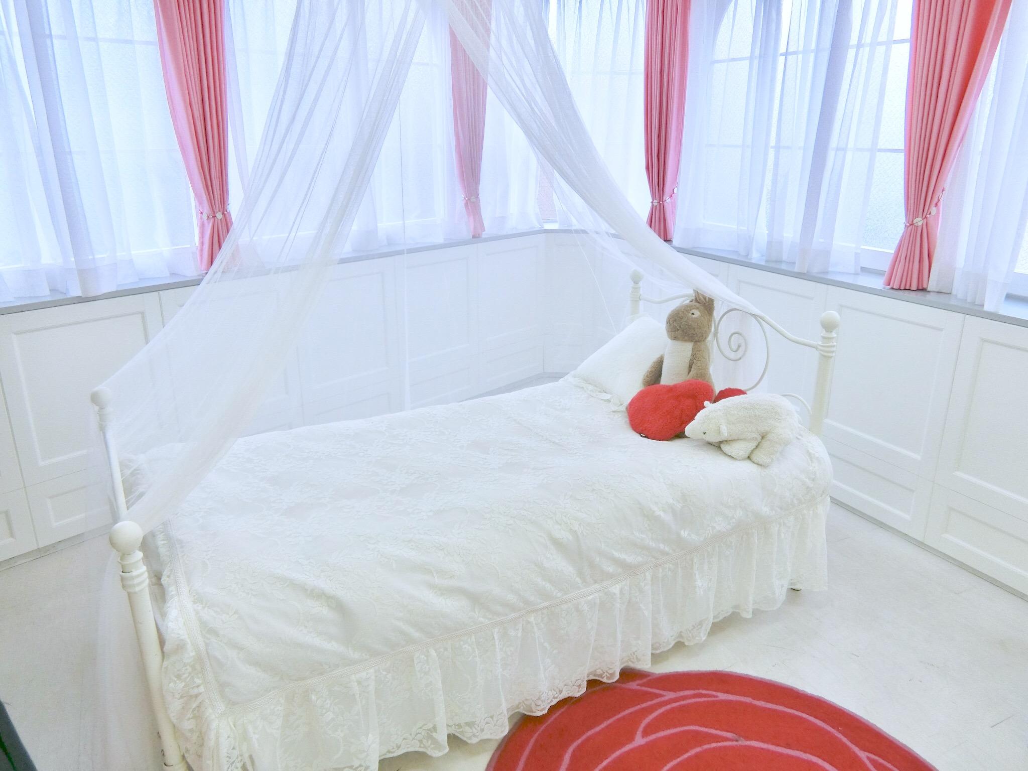 撮影・女子会に◎新宿のガーリーなスタジオ「Barbie studio」