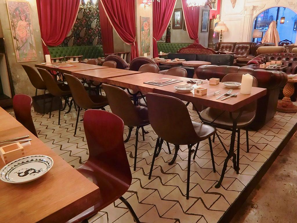 【原宿】アンティークな空間にうっとり🌹💘隠れ家レストランSolomons