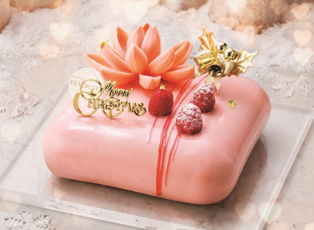ピンクで可愛いクリスマスケーキ2018の画像3